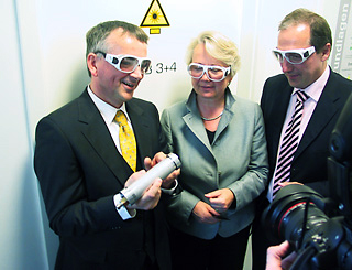 Federal Research-Minister Annette Schavan and the Economics-Minister Jost de Jager visit Taufenbach